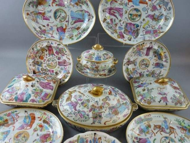 Oriental Famille Rose Dinnerware