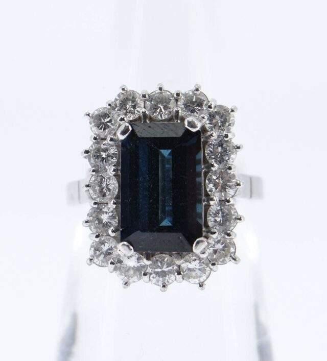 Diamond Sapphire Cluster Ring