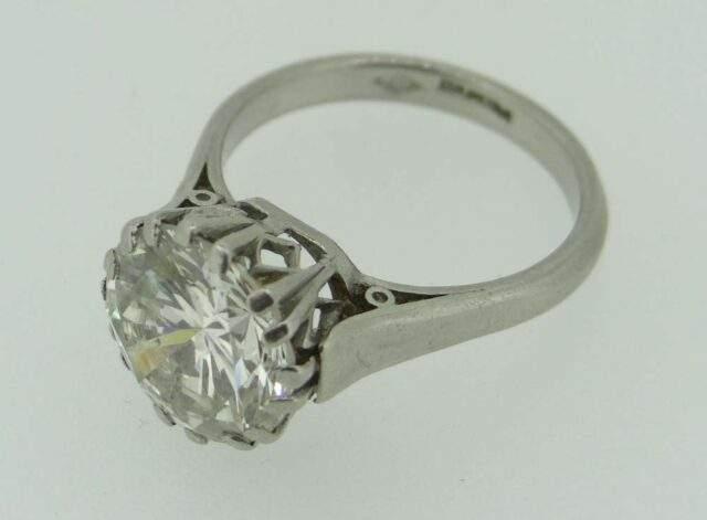 Platinum & Diamond Solitaire Dress Ring