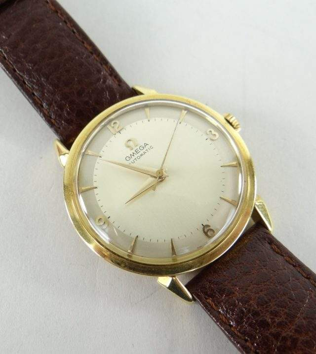 Omega 18K Gold Wristwatch