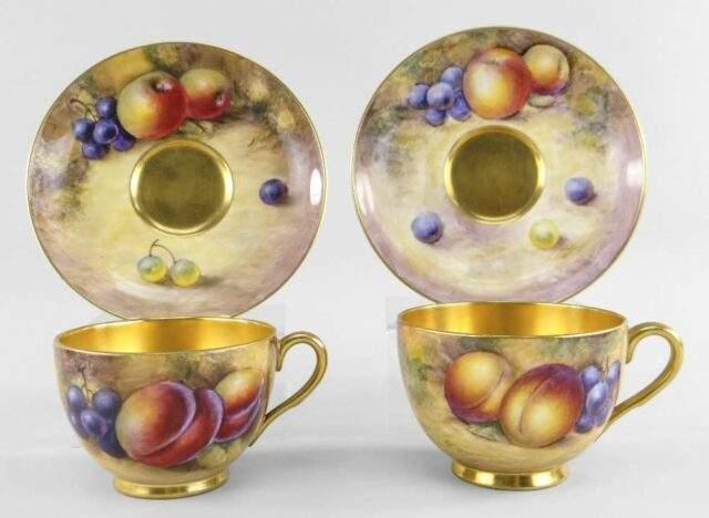Cabinet Tea Cups Saucers