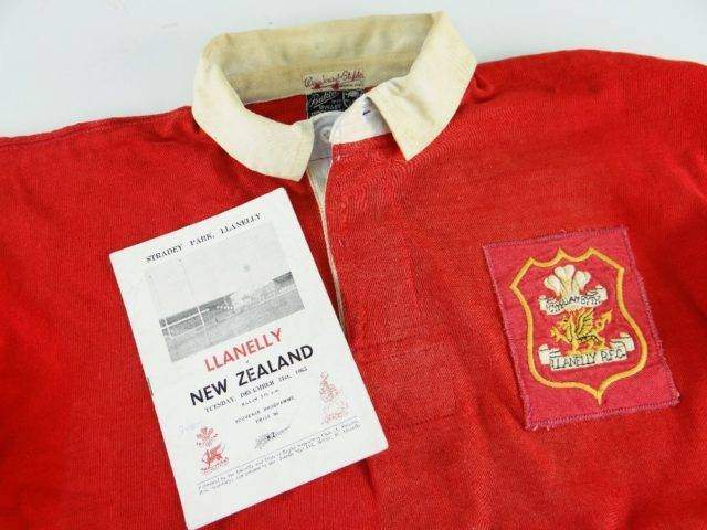 1963 LLANELLY RUGBY UNION JERSEY MATCH WORN BY NORMAN GALE AGAINST NEW ZEALAND