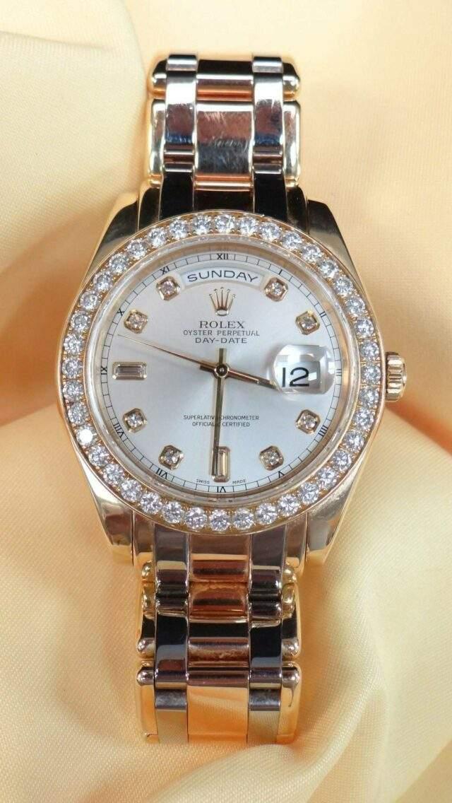 Rolex Gold Diamond Calendar Wristwatch