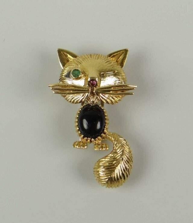 Van Cleef Winking Cat Brooch